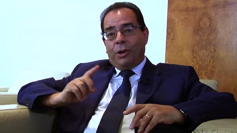 الرئيس السابق للجمعية المهنية للبنوك يفند شائعات تطال البنوك التونسية